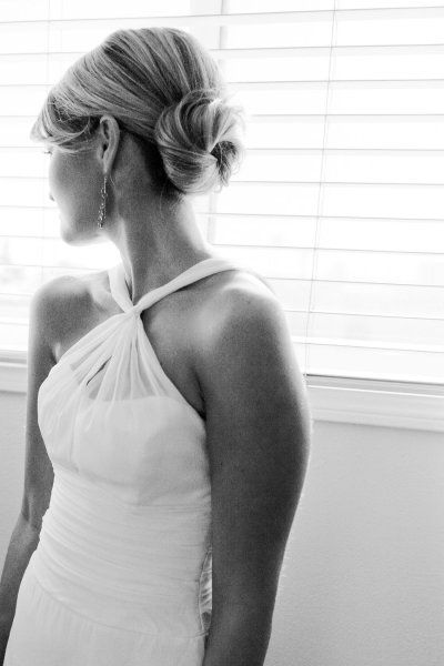 Bridal Hair: A classic chignon is timelessly chic and elegant. <3 @Karen Jacot Darling Me Pretty @Ann Flanigan Flanigan Taylor