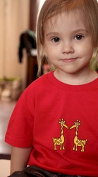 Lasten luomupuuvillainen Into t-paita  Children's Into t-shirt. Ecologically and ethically produced. Organic cotton.
