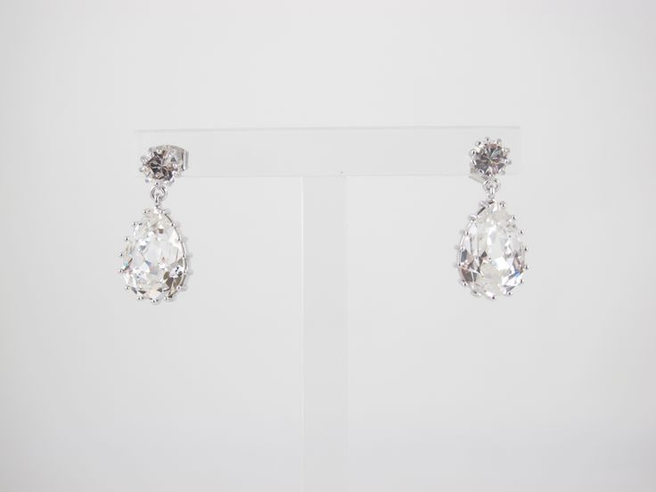 Droplet earrings clear, Cecilie Melli