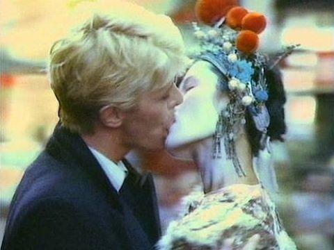 Big clit China girl kiss