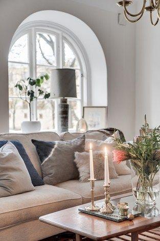 Lundin Fastighetsbyrå - 3:a  Lorensberg  -  Tidlöst vacker med ett enastående läge. Skuldfri förening!