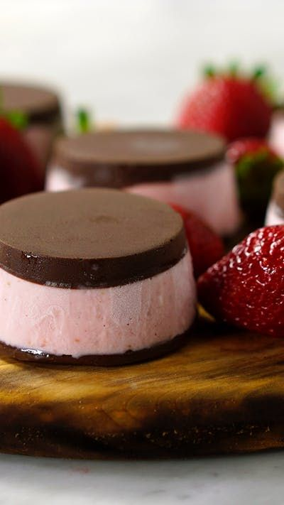 Recipe with video instructions: Think of this as rich and fruity strawberry ice cream sandwiched between two incredible chocolate discs. Ingredients: 14 oz strawberries, chopped, 1 (14 oz) can sweetened condensed milk, ¾ cup heavy cream, 17 oz semisweet chocolate, chopped