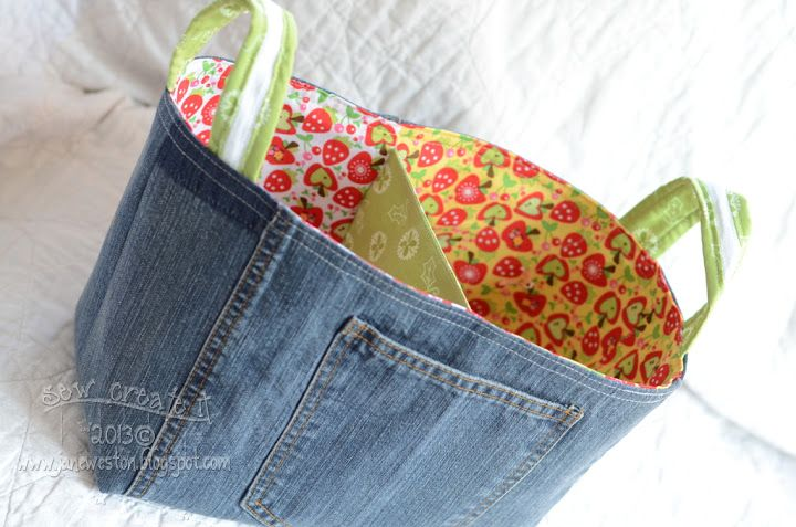 Sew Create It: Free Divided Basket Tute. Love the blue jean recycle!