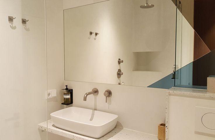 www.sateenmuruja.com     Hotel: Kith & Kin Boutique Apartments Location: Amsterdam, The Netherland