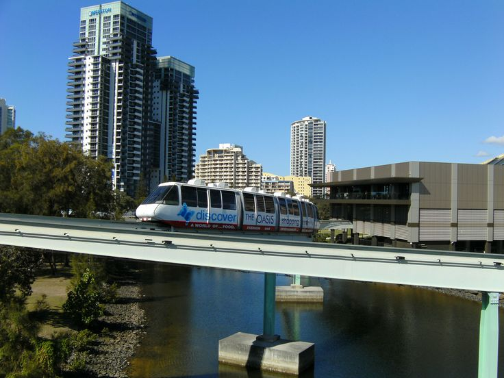 Oasis Monorail, Broadbeach - take a ride to the Sun Realty office in the Oasis Shopping Centre from Jupiters Casino on the Monorail!