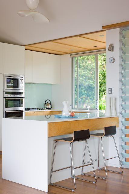 Wamberal beach house by Matt Elkan Architecture - kitchen design