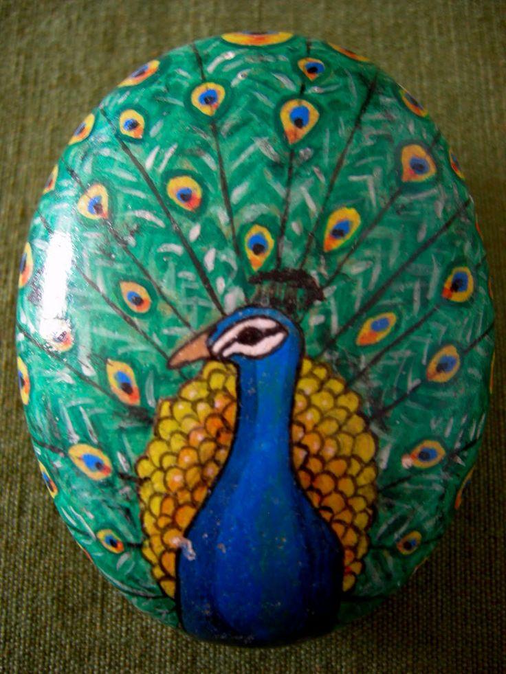 Kedibu Murales y Objetos Decorativos: Piedras pintadas: pavo real ...