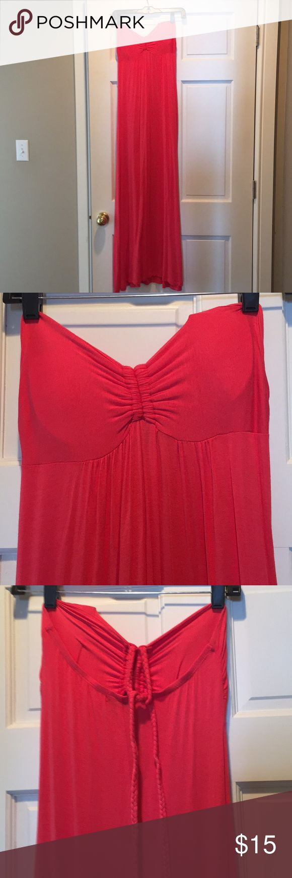 Women's Body Central maxi dress Comfortable maxi dress with no sleeves. Color is more coral than orange. Body Central Dresses Maxi
