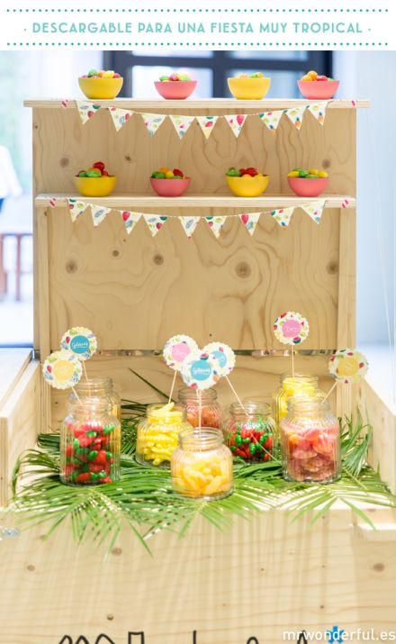Freebie #pineapple #palmtree #fruits #candybar #bunting #tropical #party