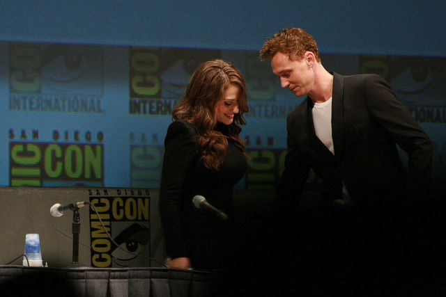 IMG_1814 - Kat Dennings & Tom Hiddleston by Anime Nut, via Flickr