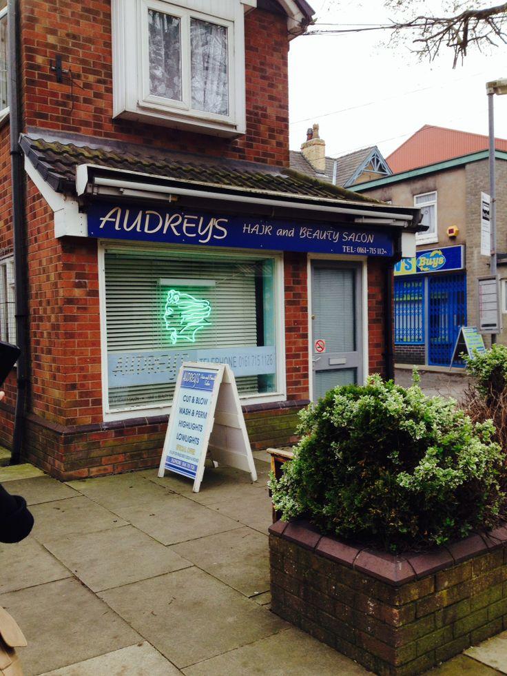 Cut 'n' blow dry needed?? Audrey's Hair Salon #corrie #coronationstreet #itv #set #settour