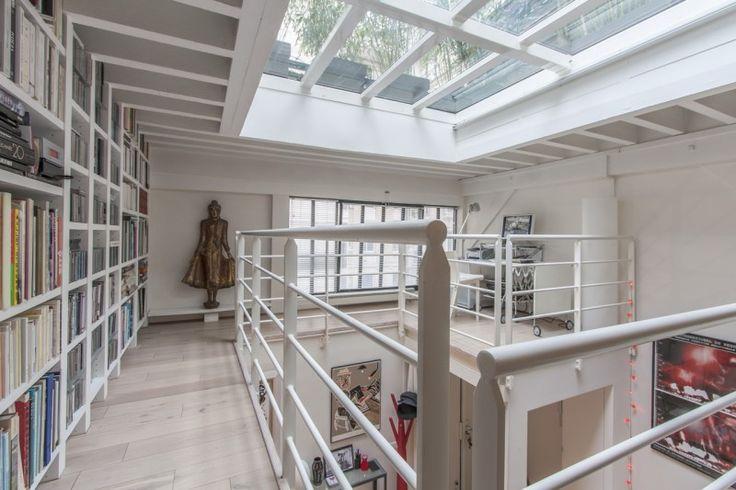 Loft avec toit-terrasse en verre à Paris