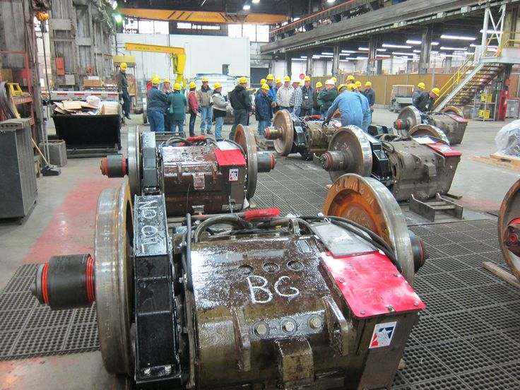 Finished traction motor combos amtrak shops pinterest for What is traction motor