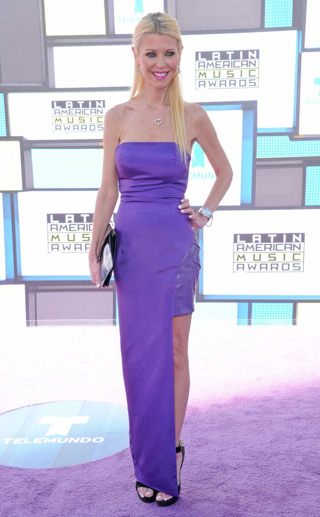 Tara Reid from Latin American Music Awards 2016 Red Carpet Arrivals  Talk about a perfect match! The actress' purple dress is a great addition to the carpet.