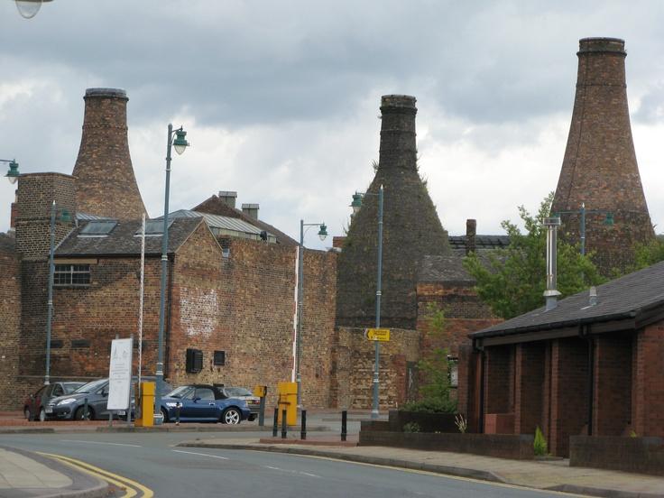 Bottle kilns @ Stoke-on-Trent, England