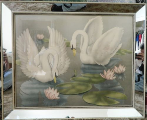 17 best images about swans on pinterest ruby lane combs brushes and 1960s. Black Bedroom Furniture Sets. Home Design Ideas