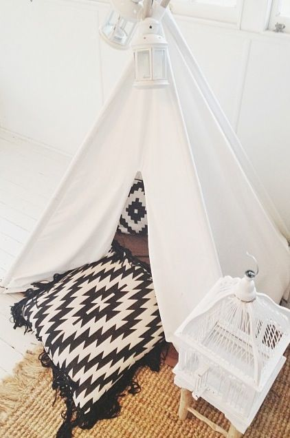 We love this picture styled and taken by Affordable Style Files of Mocka's Montana Teepee.