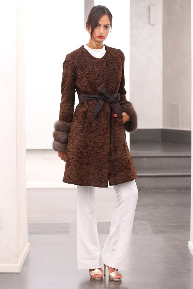 Swakara fur with barguzinsky russian sable and whole skins. Made in Italy. Skins Quality: KOPENHAGEN FUR PLATINUM– SOJUZPUSNINA; Color: Brown; Closure: With hooks; Collar: Plat; Lining: 100% Satin; Lining Color: Black, Monocolor; Length: 90 cm; #elsafur #fur #furs #furcoat #coat #mink #minkcoat #cappotto #peliccia #pellicce #НОРКА #ЛИСА #СОБОЛЬ #ШИНШИЛЛА #РЫСЬ #КОЖА #ПИТОНА #АКСЕССУАРЫ #ДРУГОЕ