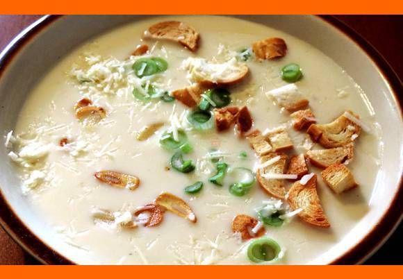 Luxusná krémová cesnaková polievka