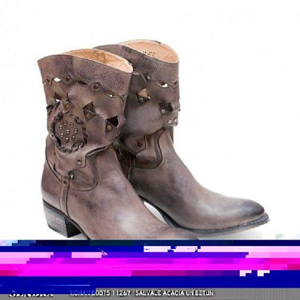 Modelo de Sendra Boots SS13