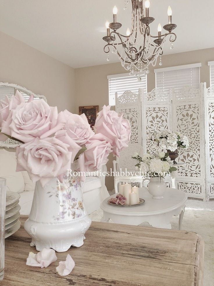 215 best blogs romantic shabby chic images on pinterest. Black Bedroom Furniture Sets. Home Design Ideas