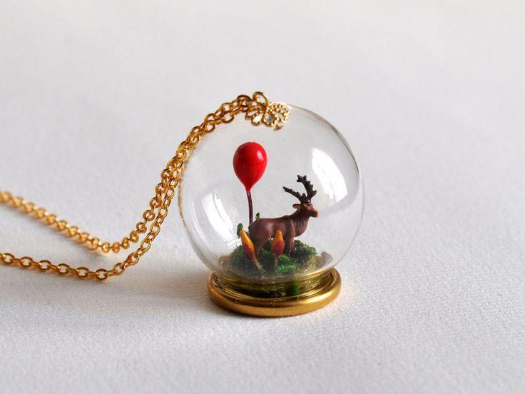 #Collier microworld sous globe de verre  de FENGVIEIRA sur DaWanda.com