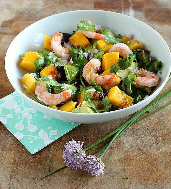 Vanilla Clouds and Lemon Drops: Prawn, Avocado & Mango Salad with Thai Dressing