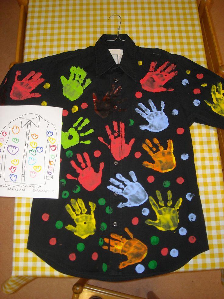 vecchia camicia trasformata in vestito da pagliaccio