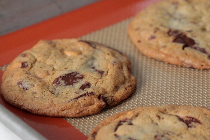 One Bowl Butterscotch Chocolate Chunk Cookies | Recipe