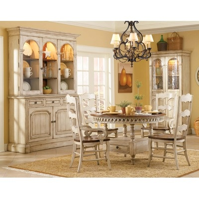 Best 25+ Round dining room sets ideas on Pinterest   Round dining ...