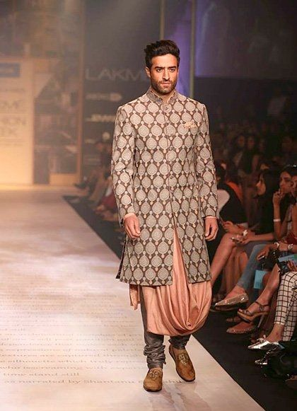 Designer Bandhgala Sherwani  With Beautifully Designed Inner And Loafers For Someone More Playful With His Outfits. #Indian #Fashion #WomenTriangle www.womentiangle.com