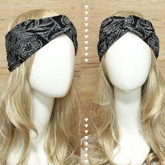 Black & White Floral Headband Turban • idr 65,000 or $6.5 • FREE shipping around Indonesia • worldwide shipping • LINE : reginagarde • shop online www.reginagarde.com