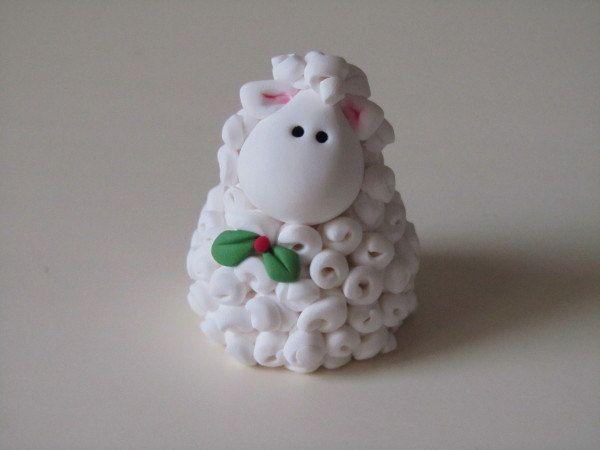 Polymer Clay Christmas Lamb Figurine van ClayPeeps op Etsy