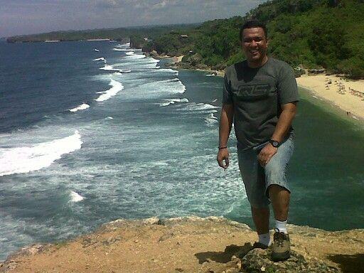 Poktunggal beach yogyakarta