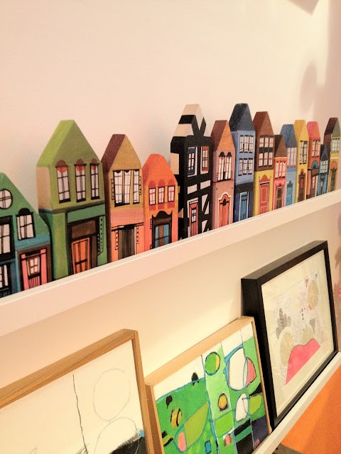 Love the little shelf village