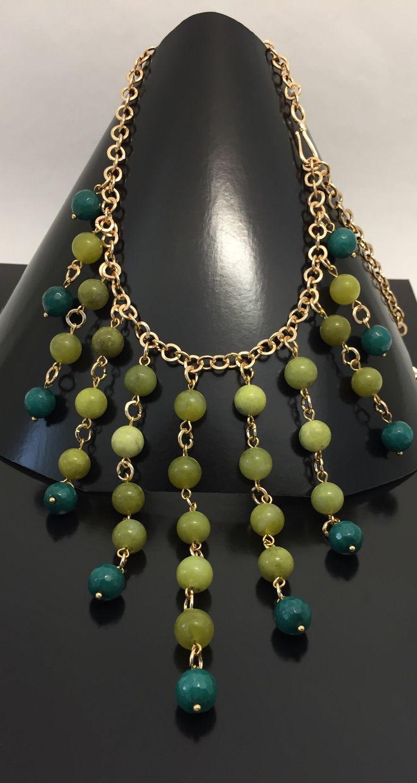 Ожерелье из нефрита, агата и позолоченной фурнитуры 18К.