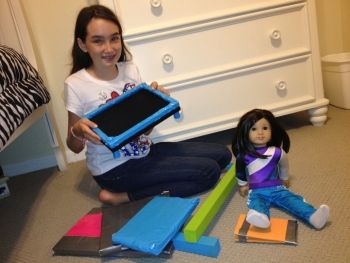 DIY American Girl craft: gymnastics set | perfect for McKenna! Can't wait to make the trampoline & surprise my daughter.