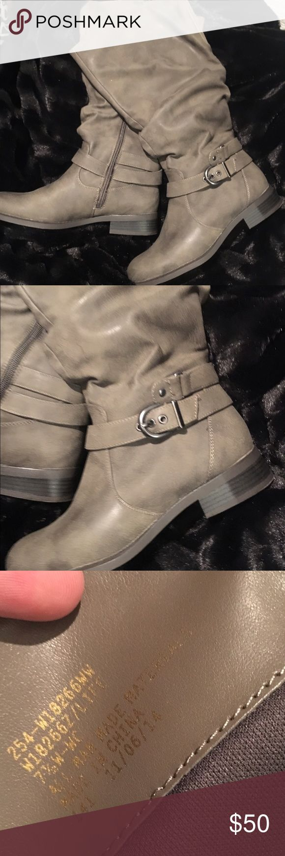 White Mountain boots NWOT White Mountain Riding Boot. Wide calf and Width White Mountain Shoes Winter & Rain Boots
