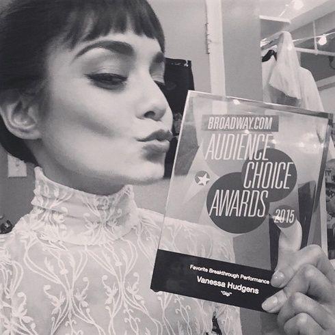 【ELLEgirl】ヴァネッサ・ハジェンズがブロードウェイ・オーディエンス・アワードを受賞|エル・ガール・オンライン