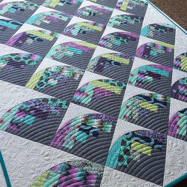Log cabin quilt | Curve It Up Quilt Challenge at Sew Kind of Wonderful