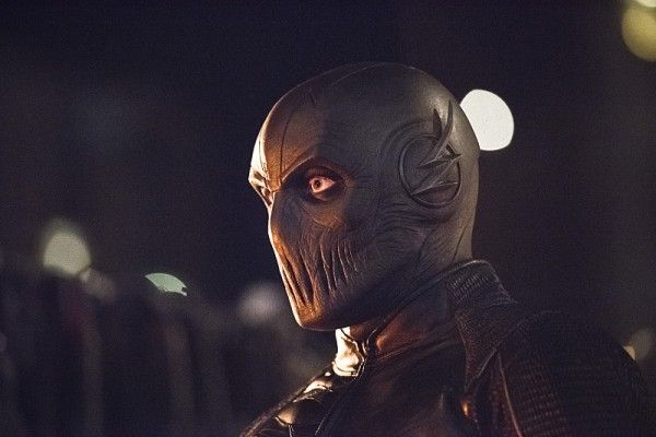 New Images from THE FLASH season 2, Episode 6 - Enter Zoom!