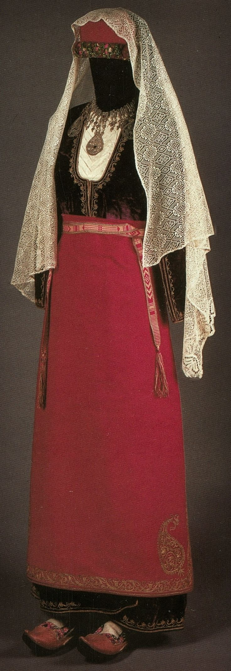 Traditional festive costume from the Olti/Oltu region (now in Northeastern Turkey). Armenian, late 19th century. (Private Collection, Russia). Picture from 'The Caucasian People' - catalog Exhibition Feb-June 2001 Hessenhuis/Antwerpen.