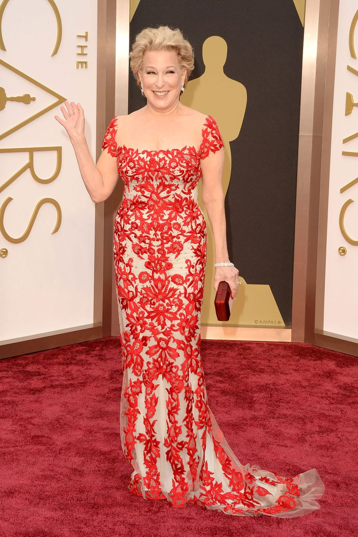 Bette Midler in Reem Acra, Oscars 2014 ... Wow, the Divine Miss M looks ... well, divine!