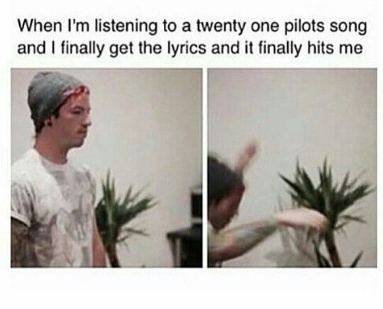 Truth. Sometimes I just have to collapse and just chill on the floor for a bit bc tøp