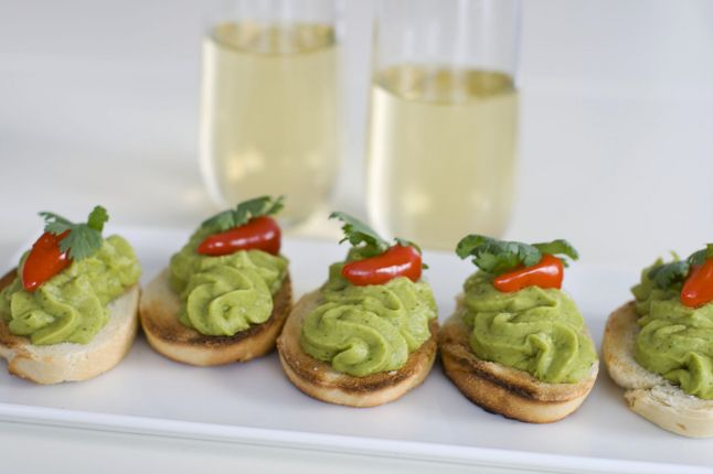 Entertaining with easy-to-assemble party foods ~ Spring pea guacamole makes a great holiday finger food.