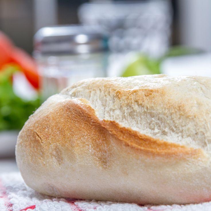 Si no quieres hornear tus panes HOME BAKERY de BredenMaster, también puedes tostarlos. Descongélalos y ponlos al tostador.