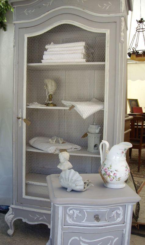 les 25 meilleures id es de la cat gorie meubles peints sur pinterest meubles remis neuf. Black Bedroom Furniture Sets. Home Design Ideas