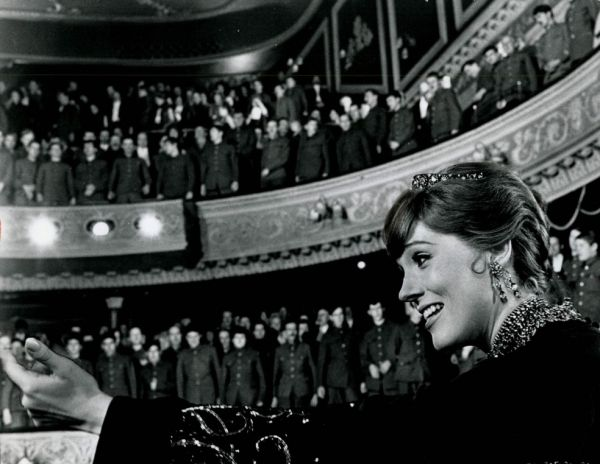 Julie Andrews in Darling Lili directed by Blake Edwards, 1970