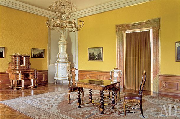 Интерьер замка Вальтицы в Чехии, XVIII век.