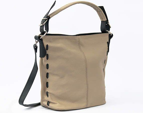 LEATHER HOBO BAG Leather shoulder bag. Everyday casual